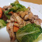 ロメインレタスと鶏肉の山椒炒め