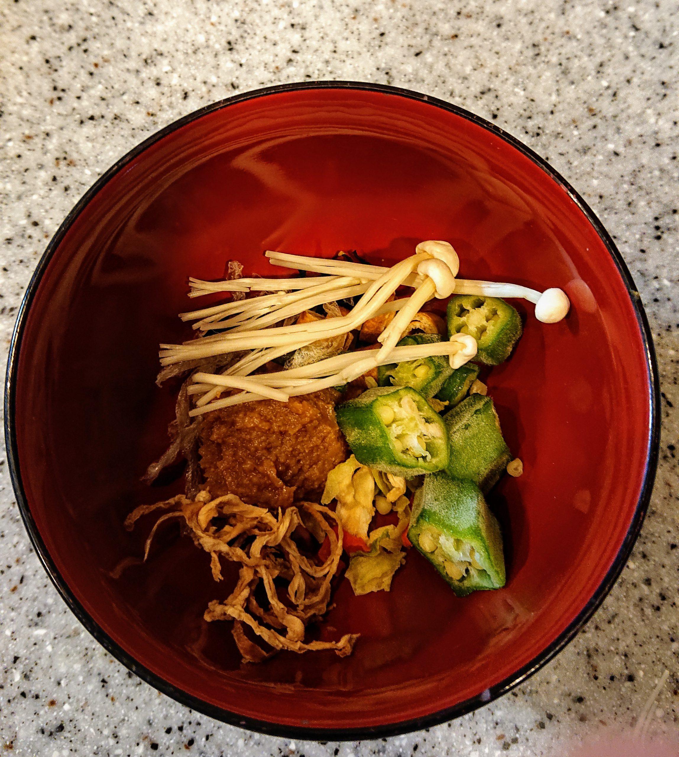 簡単味噌汁 乾物 冷凍野菜