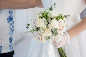 白 イメージ 結婚式